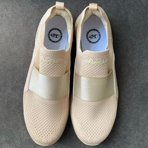 APL Shoes - APL Women TechLoom Bliss Champagne Sneakers Size 9